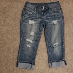 Almost famous capris size 5 destroyed look
